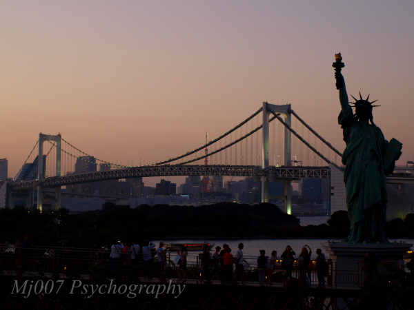 rainbow bridge, Tokyo tower and statue of liberty