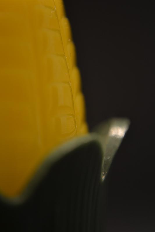 corn shaped pepper shaker