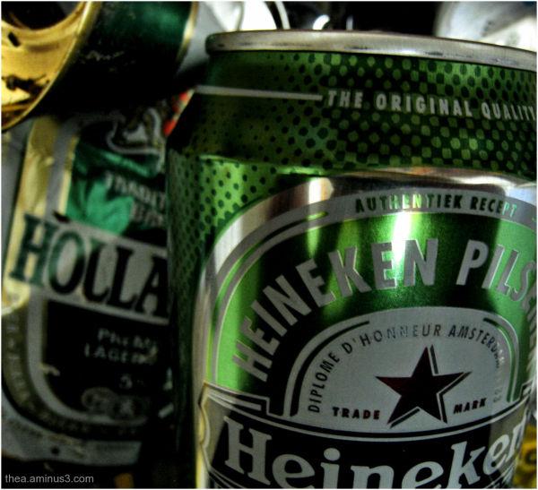 cans beer Heineken Holland