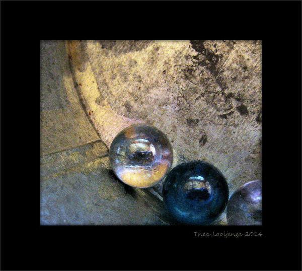 macro marbles