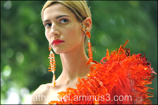 Orange jupe...