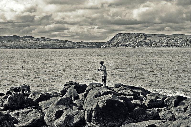 Kids, Playing, Rocks, Mission, NZ