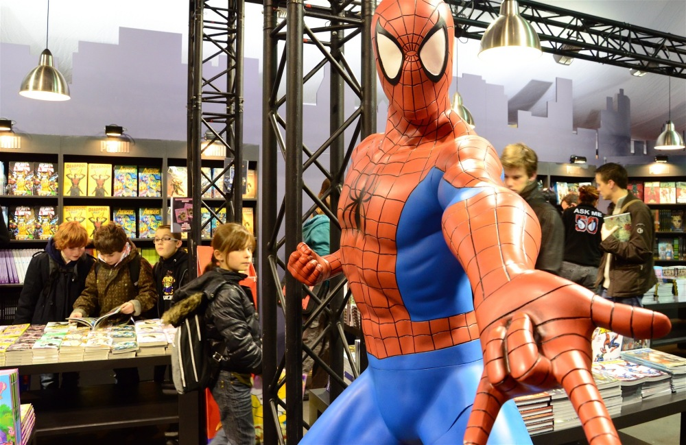 Le festival tisse sa toile, Spiderman's invitation