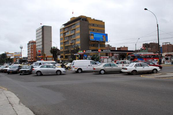 Javier Prado avenue vehicular traffic