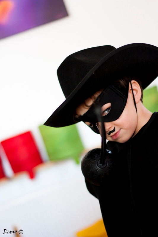 Zorro est arrivé Héhéééé!