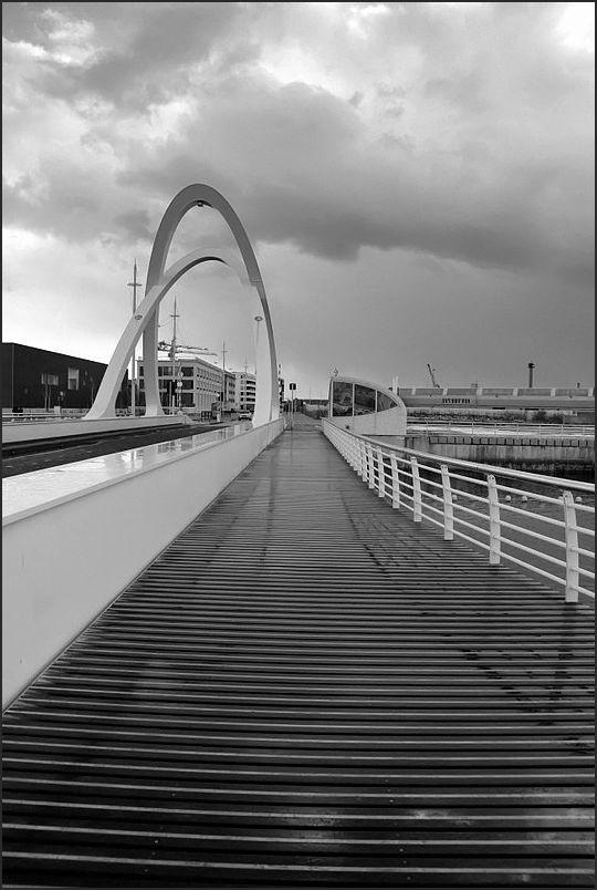 Le Pont des Docks