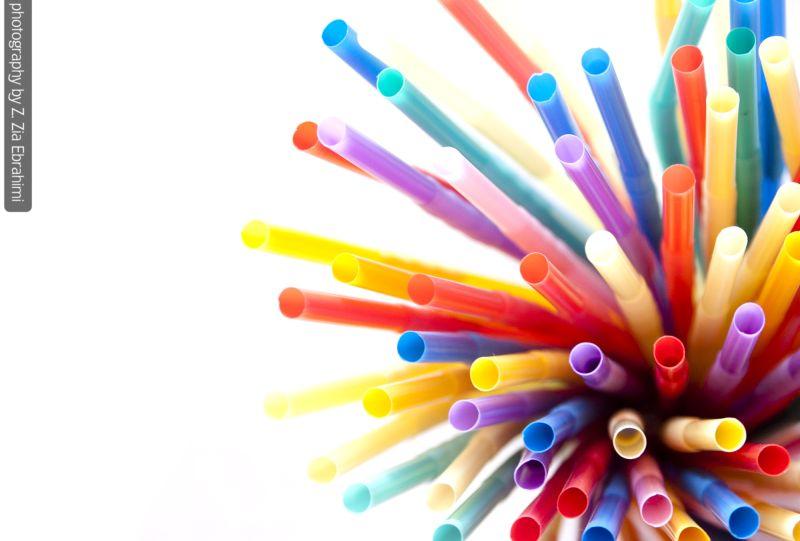 colored straws
