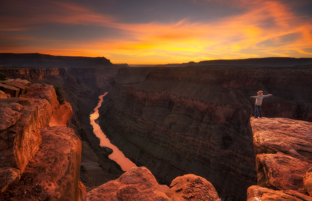 toroweap in the grand canyon at sunrise