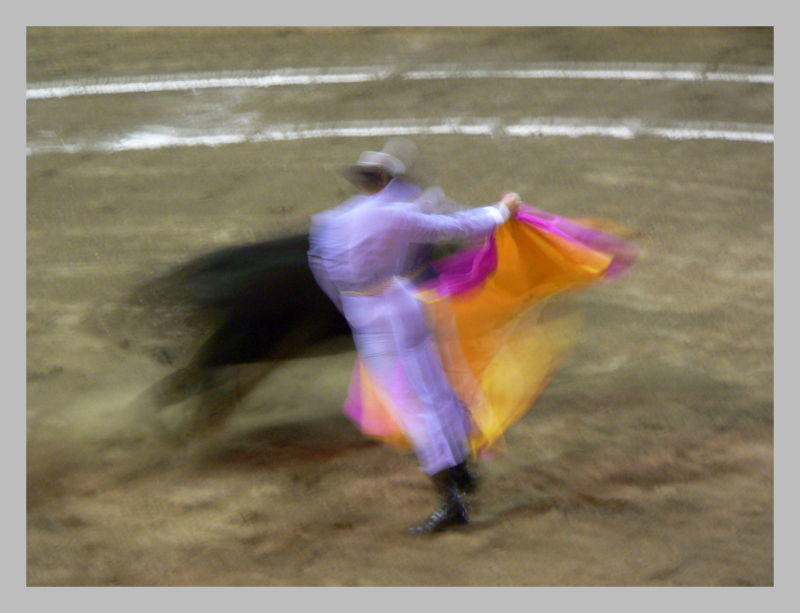 Toros y movimiento 3, Bullfight and movement 3
