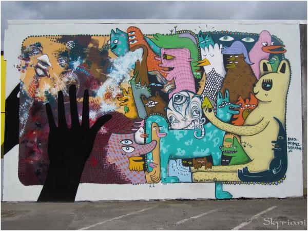 Mural on Vivian St