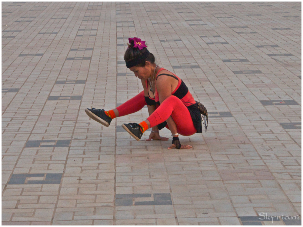 Street Gymnast I