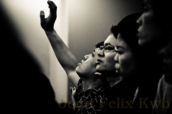 Praying with Full Heart