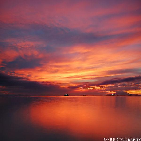 A sunset in Manila Bay.