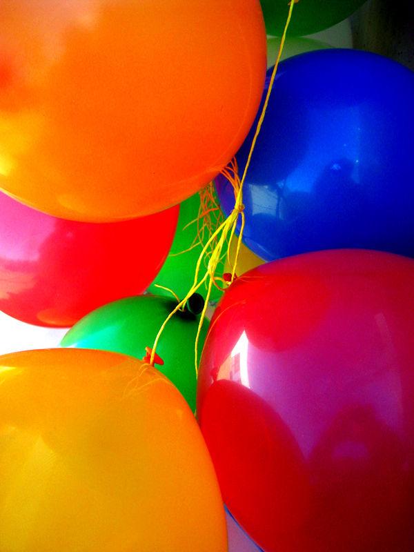 Darrera un globus sempre hi ha un nen