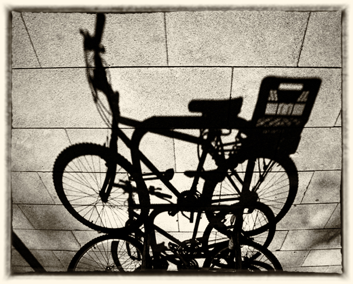 * Ombres desconegudes. Bici urbanitas
