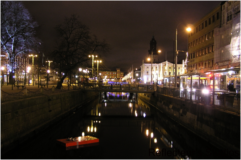 merry christmas göteborg gothenburg sweden reflect