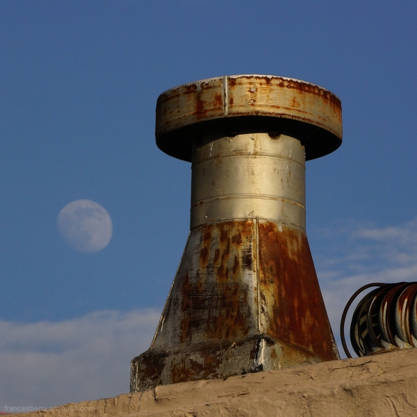 Architecture and the moon