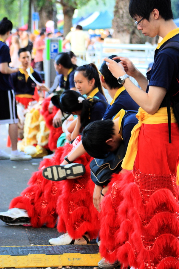 Chinese Festival - waiting for their dragon dance