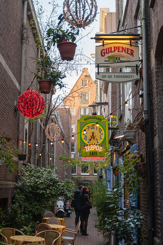 Gebed zonder End,   Amsterdam