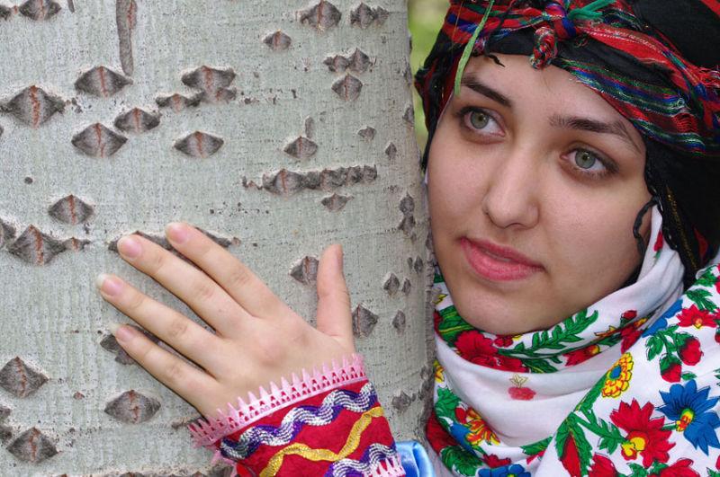 Iranin girl 2