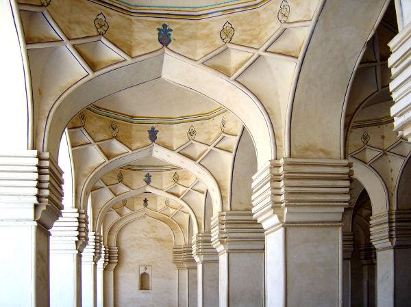 Les tombeaux des sultants d'Hyderabad