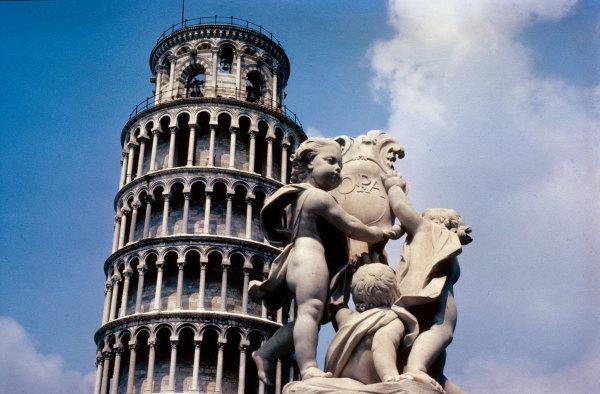 La tour de Pise dans les années 80