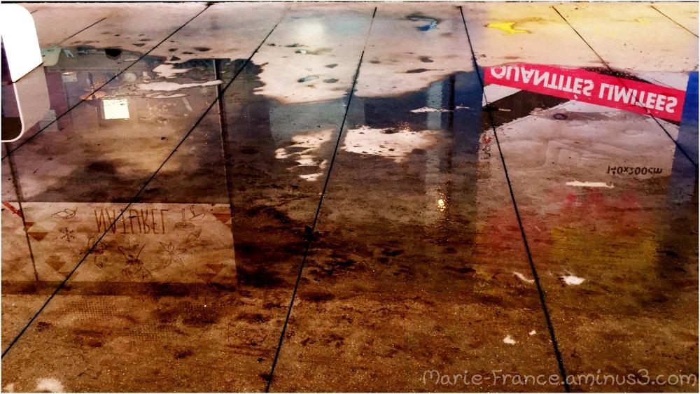 reflets sur un sol mouillés