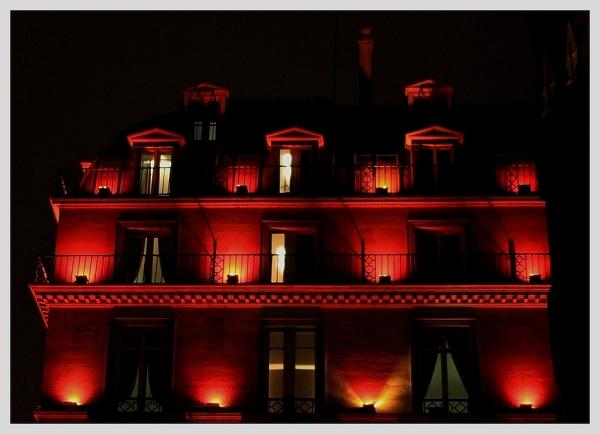 A Paris, j'ai vu rouge ...
