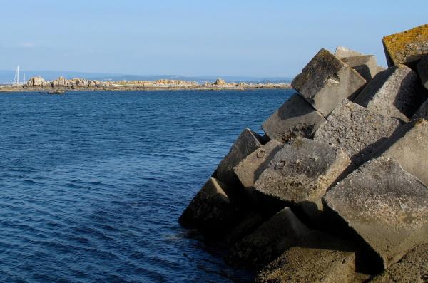Port concrete cubes