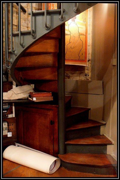 L 39 escalier en colima on 1 architecture photos l o le vent me m ne - L escalier en colimacon ...