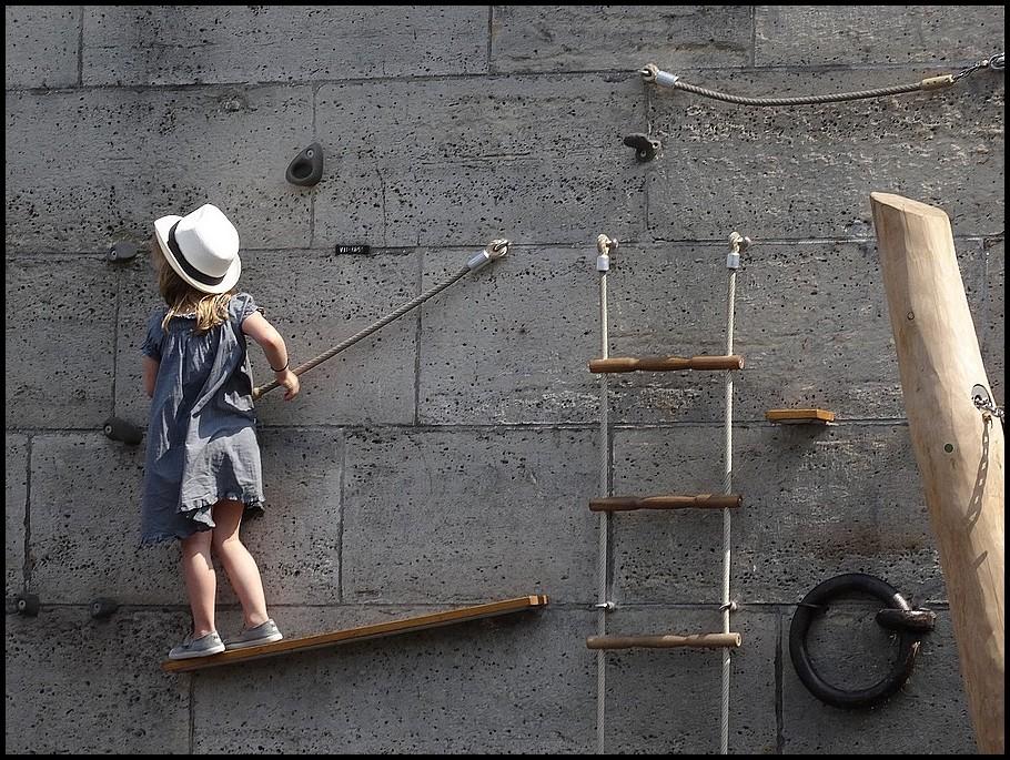 Il n'y a pas d'âge pour faire le mur...