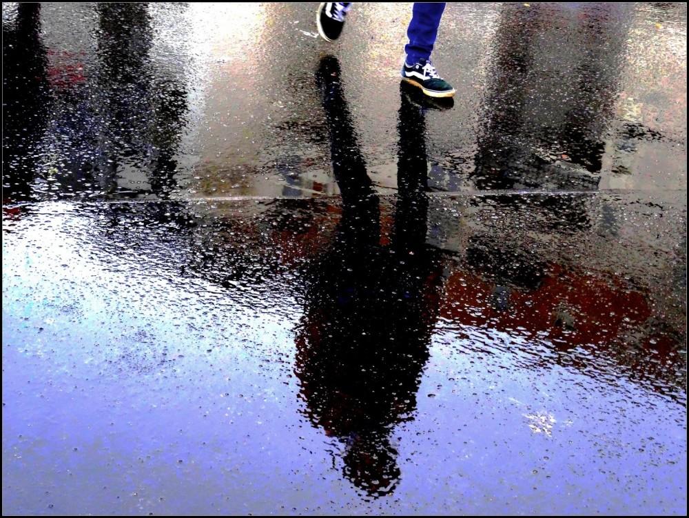La pluie fait des claquettes