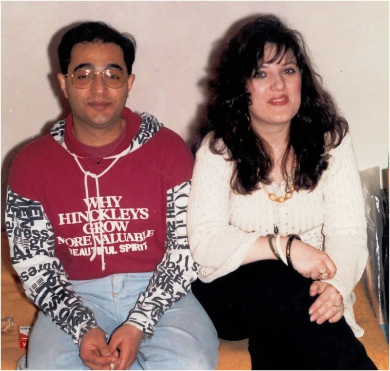 1995 03 25 Sanda & Mehrdad at Iuri's Birthday