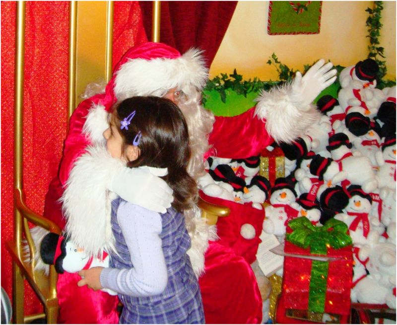 2010 12 17 Soraya meeting Santa Claus