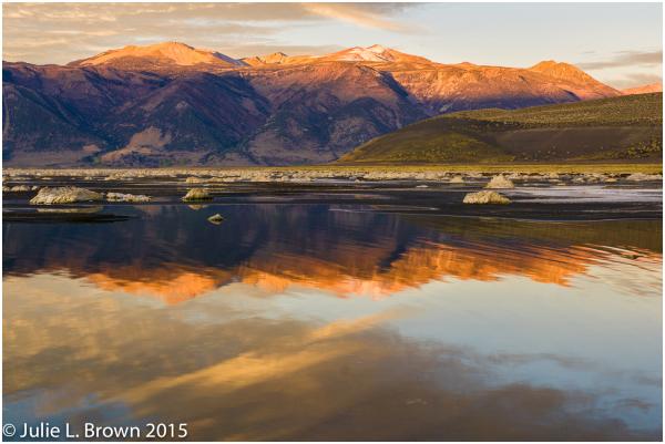 mono lake sunrise from black point eastern sierra