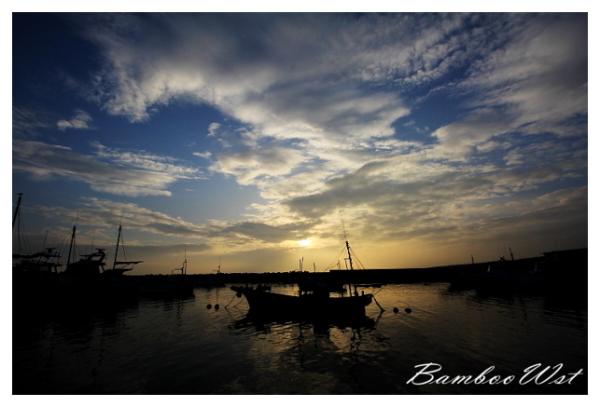 fishing port photo Silhouette