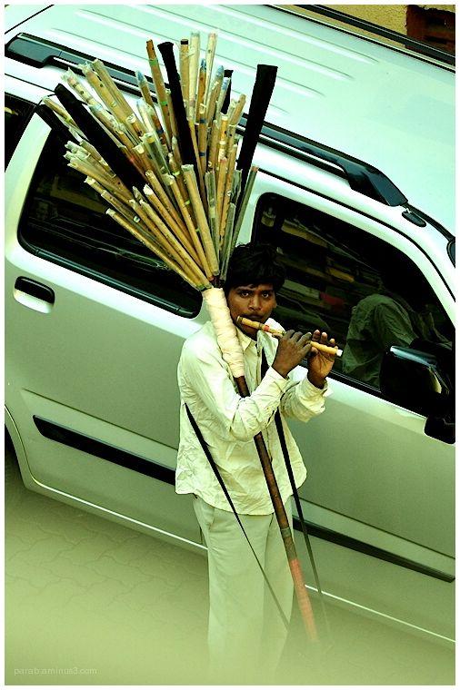 Flute seller...