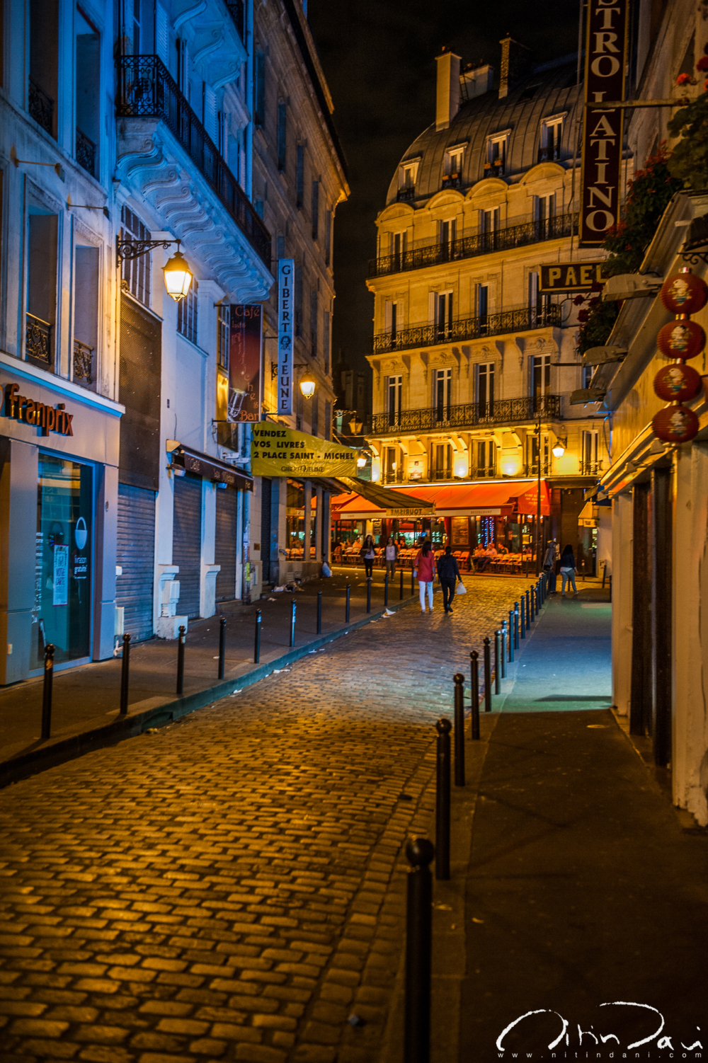 Paris by Night 04