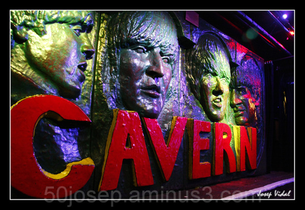 Dins The Cavern
