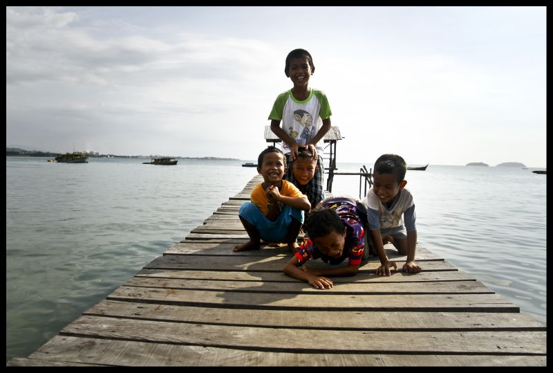 Bajau Village - how they say hi