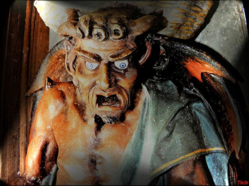Statue de satan