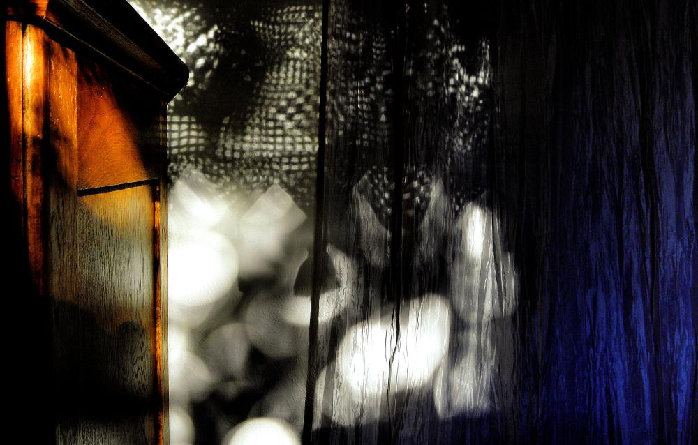 La lumière joue