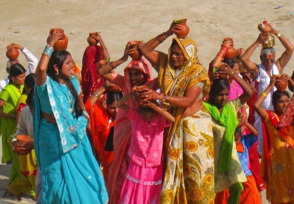 Benares  Ganga pelgrims