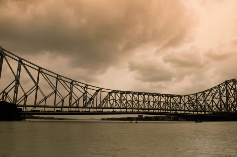 monsoon sky on Howrah bridge