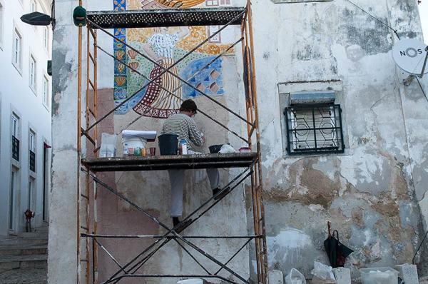 La vie des murs / Walls' life
