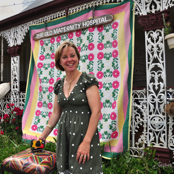 Airing of the Quilts day in Braidwood