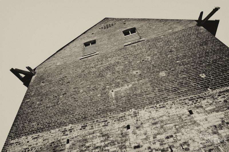Dransfield's old flour mill at Millpond Farm
