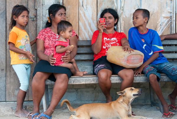 Villagers on the islet of Matakus near Yamdena Isd