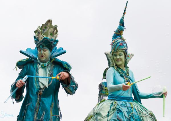 Water Drops roving act at Floriade