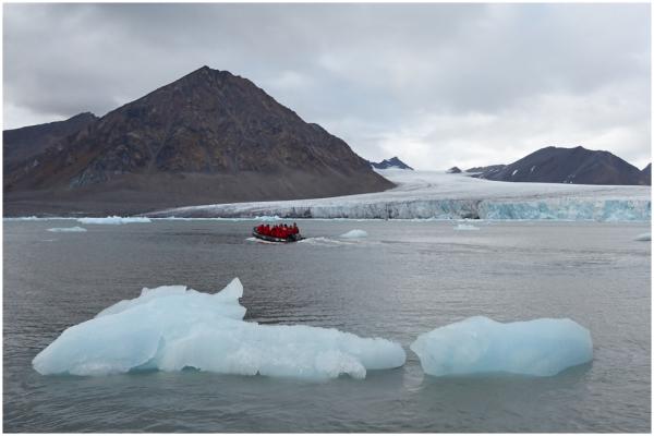 Hansbreen glacier at Hornsund, Spitzbergen
